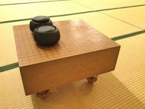 和室と碁盤のイメージ